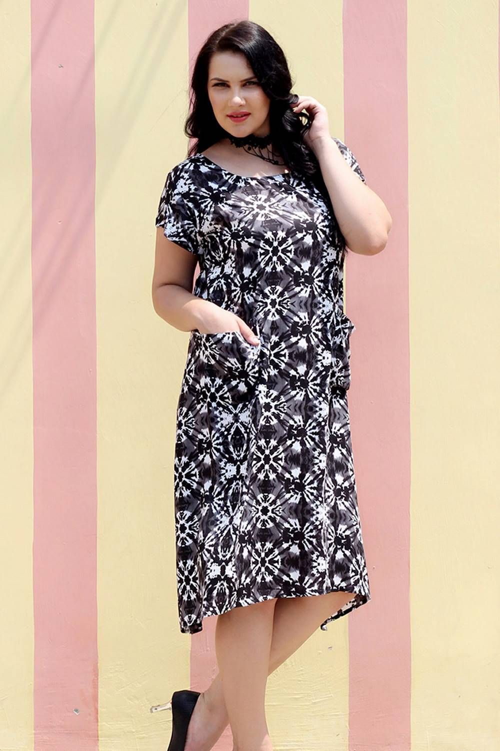 plus_size_monochrome_freestyle_dress_lastinch_western_clothing_brand
