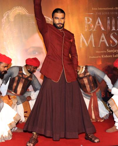 ranveer_pleatedskirt