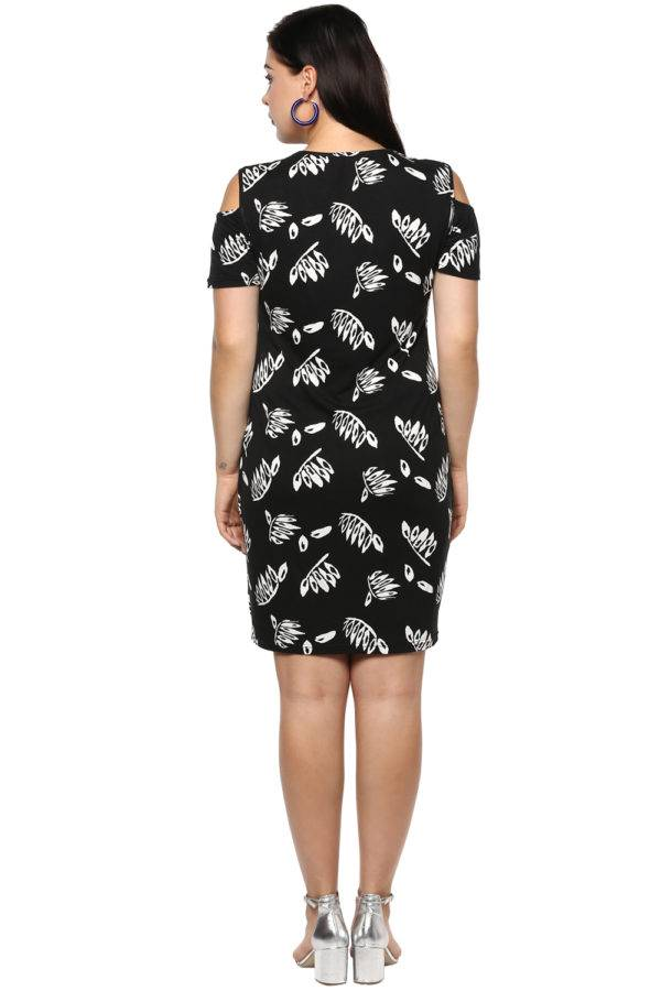 Plus Size Black Cold Shoulder Dress-3