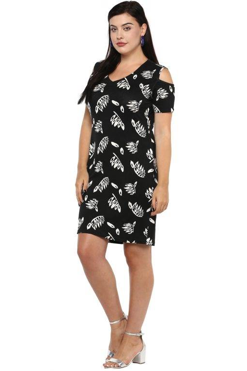 Plus Size Black Cold Shoulder Dress-4