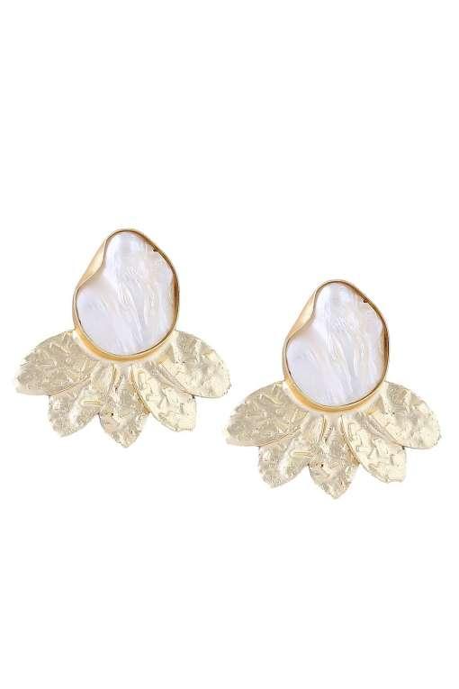 Pearl & Golden Leaf Stud Earring-1