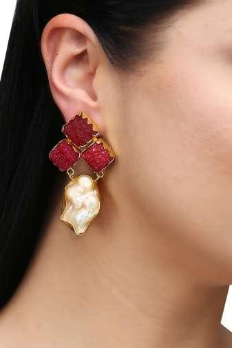 Maroon Stone Pearl Earrings-2