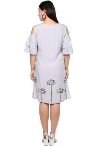 Plus Size Grey Flared Dress-4