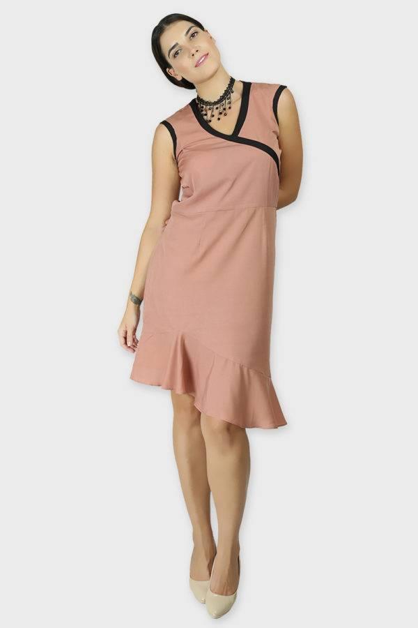LASTINCH Crisscross Neck Assymetric Peach Dress With Pearl Neckless4