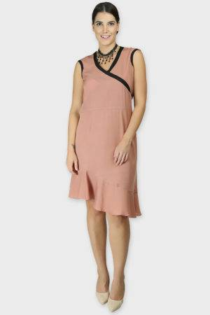 LASTINCH Crisscross Neck Assymetric Peach Dress With Pearl Neckless