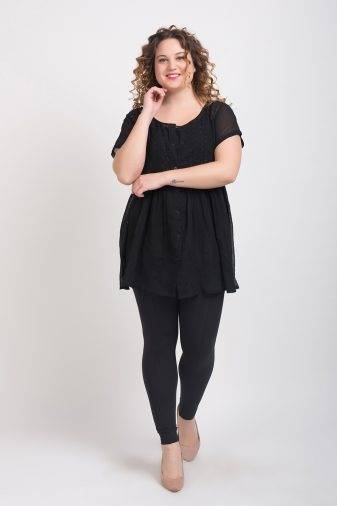 BLACK EMBROIDERED TUNIC3