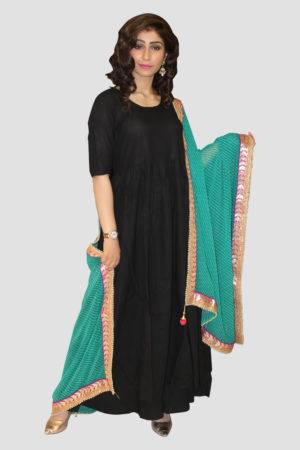 Black Solid Kurta Set With Dupatta2