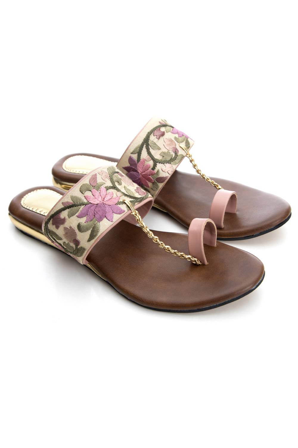 Embroidered sandals2