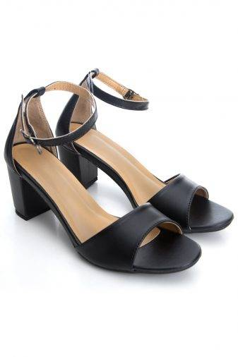 Ankle Strap Block Heeled Sandals2