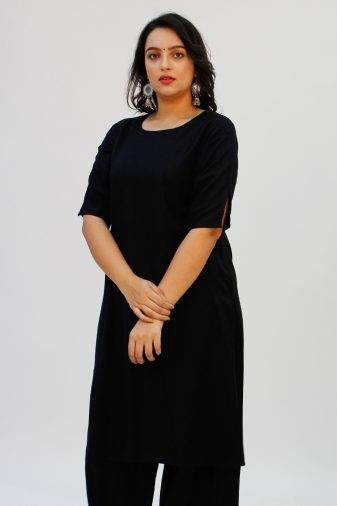 Black Round Neck Kurta1